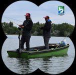Câștigă o barcă pneumatică pentru pescuit