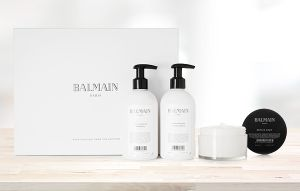 Câștigă un set de cosmetice Balmain Paris Hair Couture