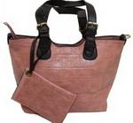 Castiga o geanta si accesorii la moda oferite de Dbags